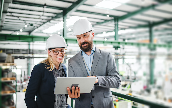 B2B solution sellers in an industrial factory
